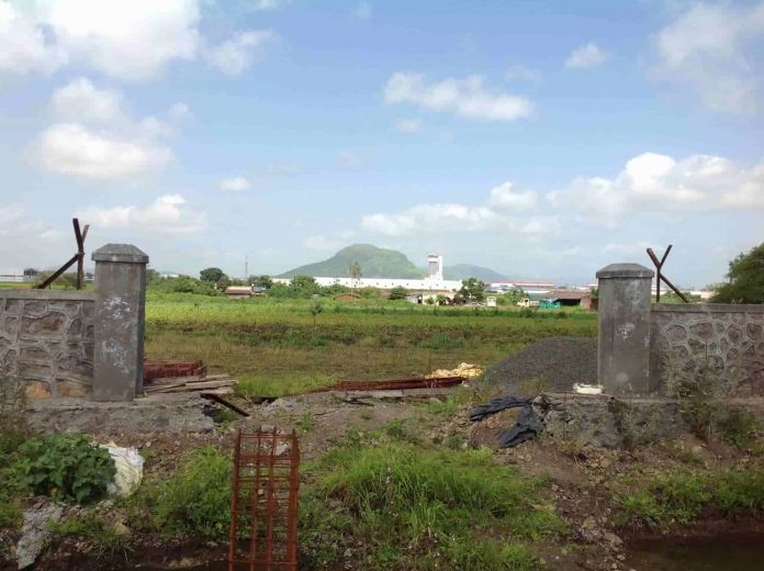 Haryana government attaches 20 acre land of six builders