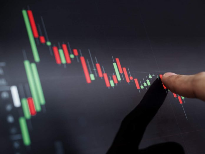 Markets End in Red After Strong Opening